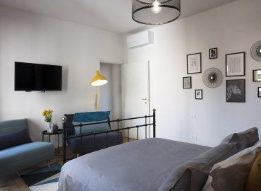 Panoramica camera blu del bed and breakfast in centro Firenze La Marmora 39