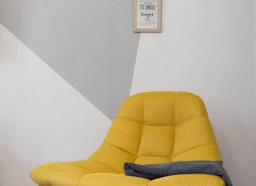 Poltrona della camera gialla del B&B centro Firenze La Marmora